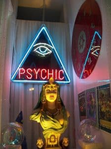 Real Online Psychic Readings - What You Need To Know