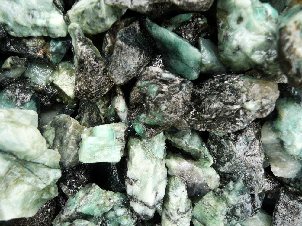 Emerald - Crystals that Enhance Psychic Ability