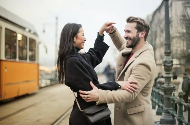 How to Keep a Pisces Man Interested (5 Helpful Tips)